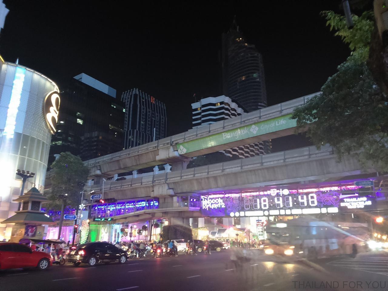タイ・バンコクの年末年始のイルミネーション_5
