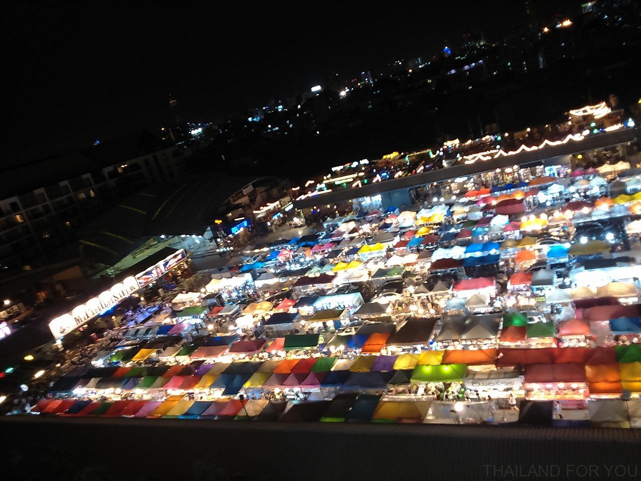 ratchada night market-3