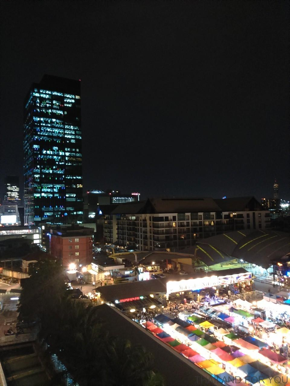 ratchada night market-4