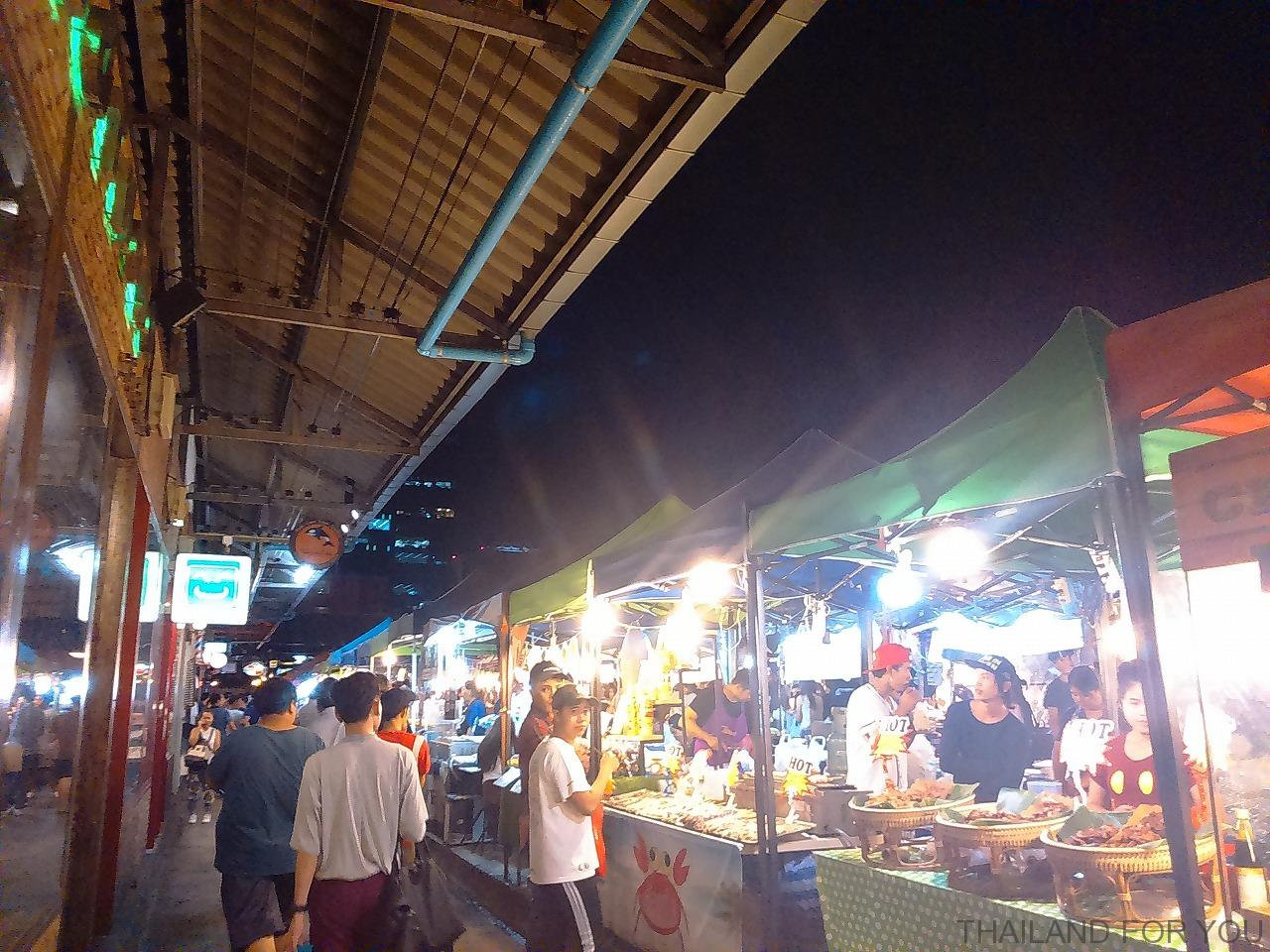 ratchada night market-9