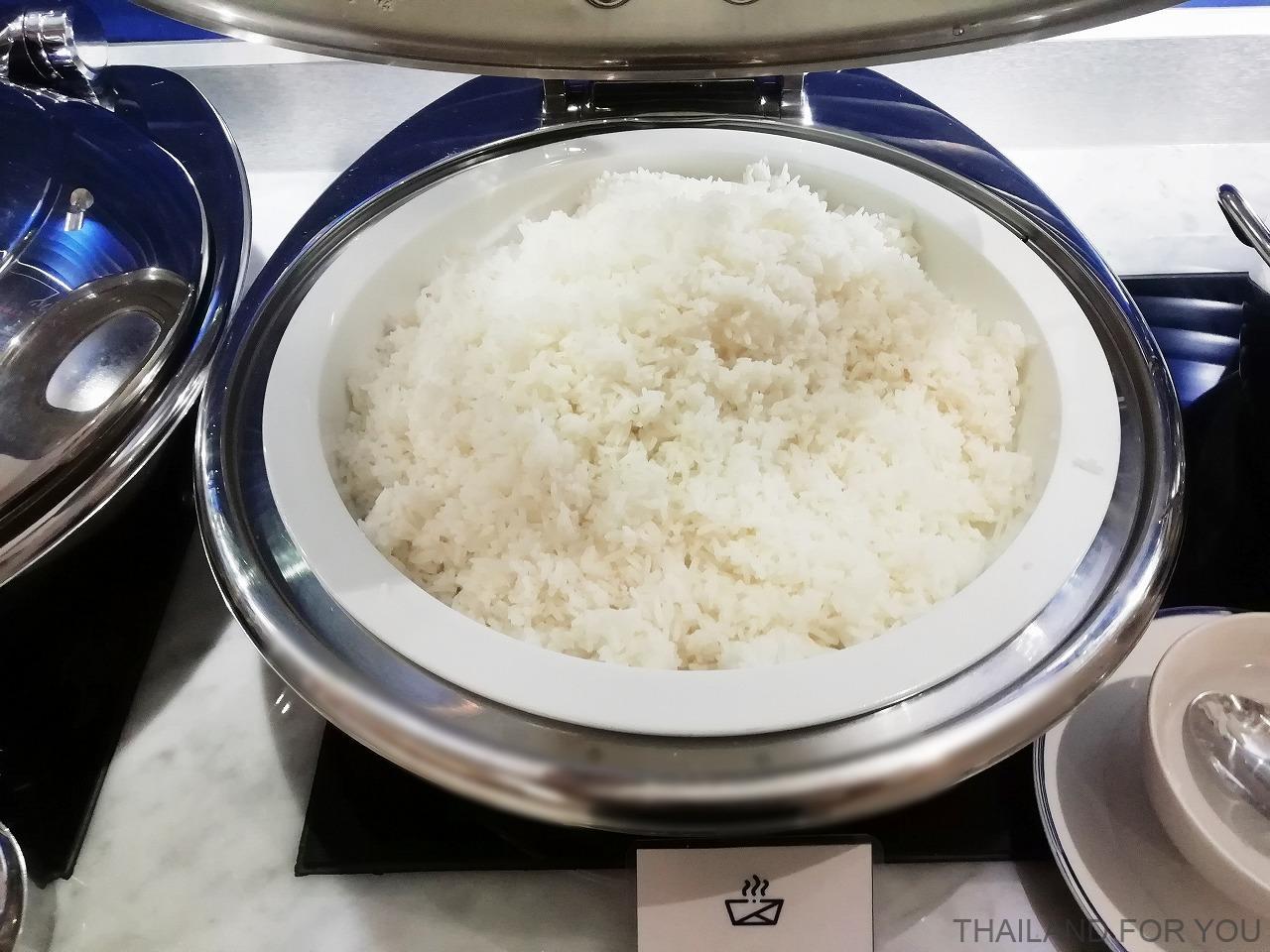 ホリデイインエクスプレスパタヤセントラル 朝食
