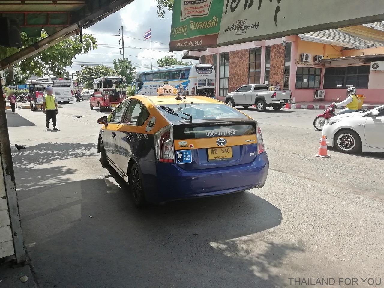 ウボンラチャタニ バスターミナル タクシー