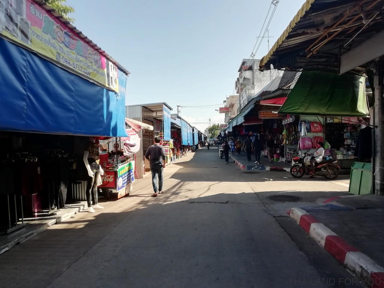 ムクダハーン インドシナマーケット