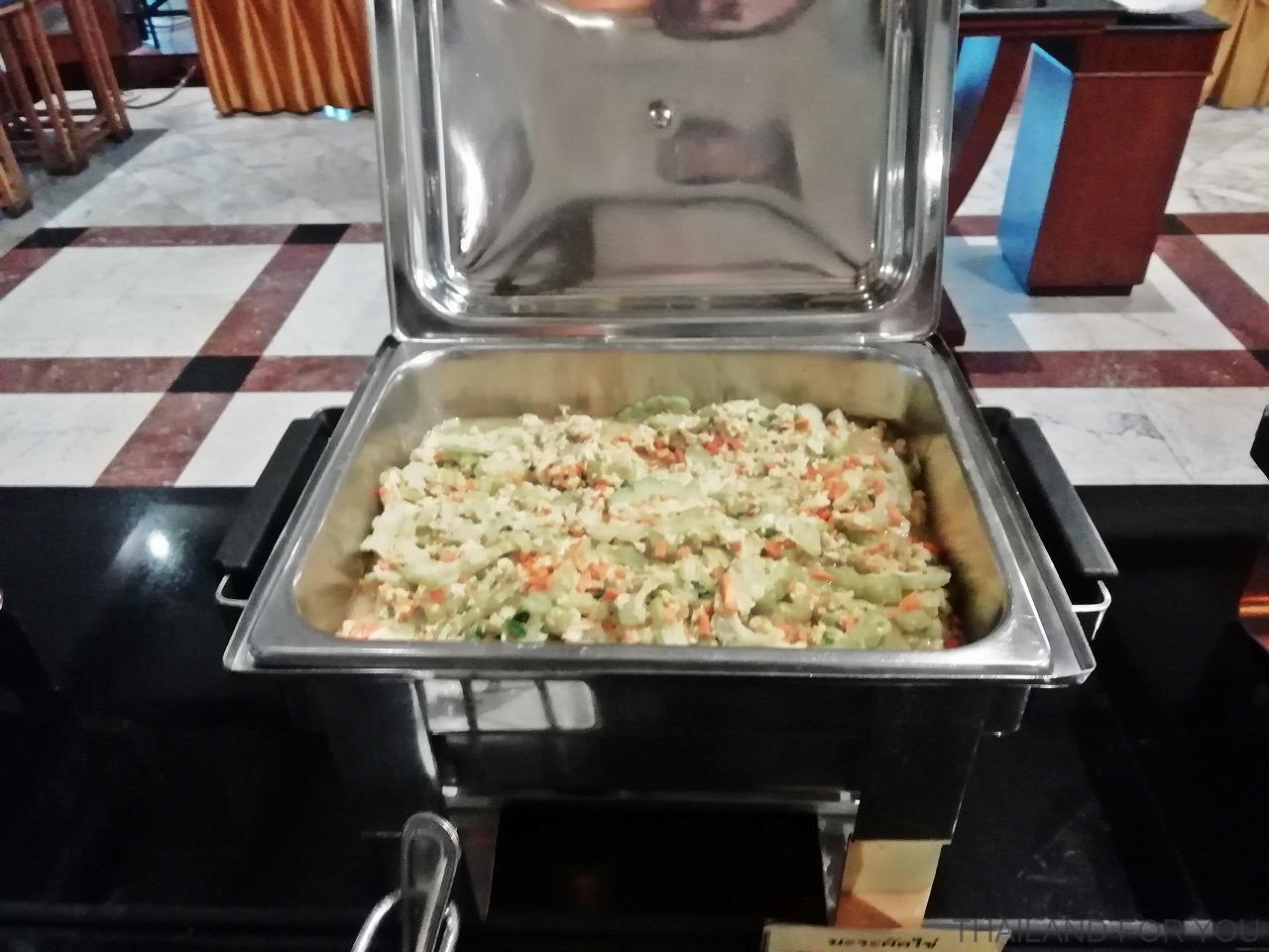 ライトーンホテル 朝食 ウボンラチャタニ