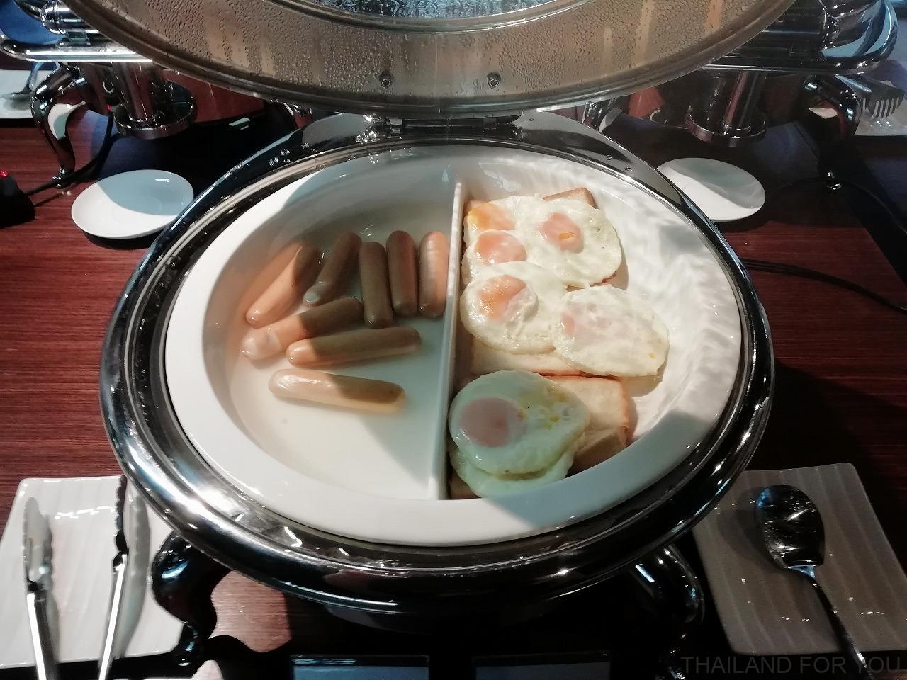 ドンムアン空港 ミラクルコワーキングスペース 食事